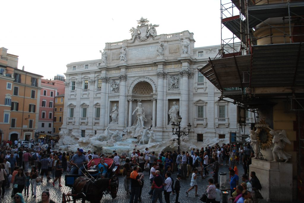 Trevi Fountain Fontana di Trevi