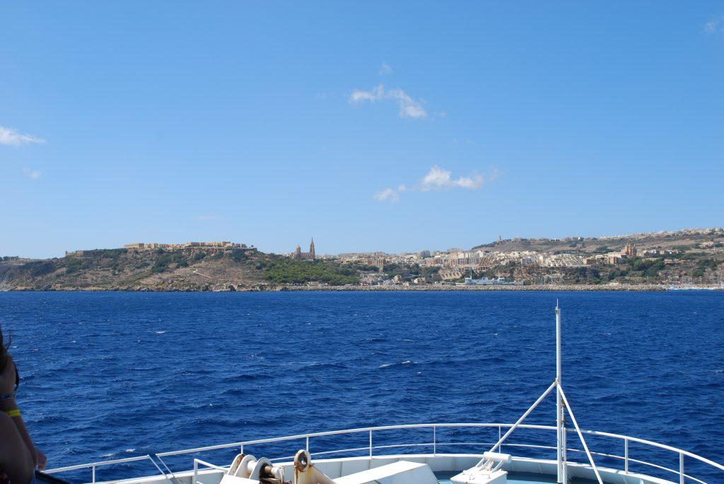 Widok z promu na Gozo