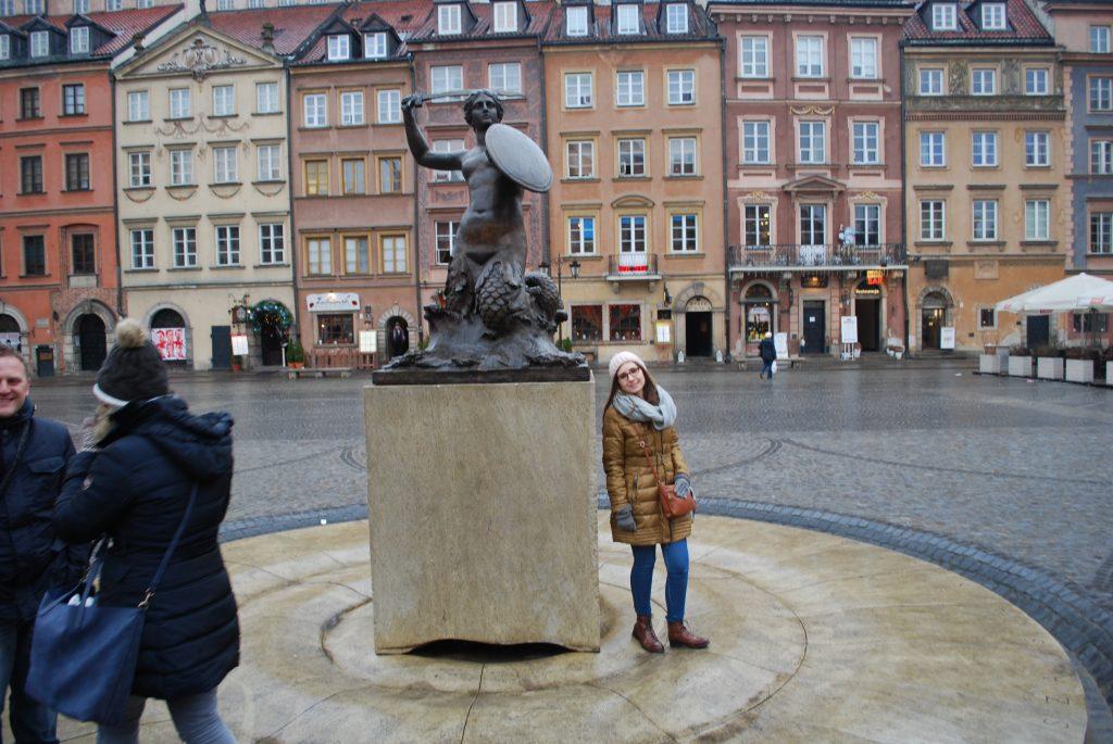 Pomnik Syrenki na Rynku Starego Miasta