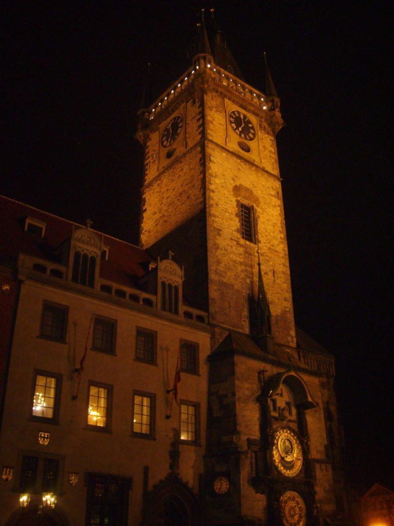 Ratusz staromiejski w Pradze Staroměstská radnice z słynnym zegarem